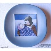 Arabia Heljä Liukko-Sundström seinälautanen 23 cm Äiti ja lapsi: Kotiin (1983)