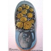 Arabia Heljä Liukko-Sundström soikea laatta 39,5 cm Muistojen kukat (2001)